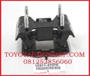 jual engine mounting belakang Toyota Mark X