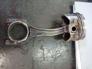 gambar conneting rod rusak